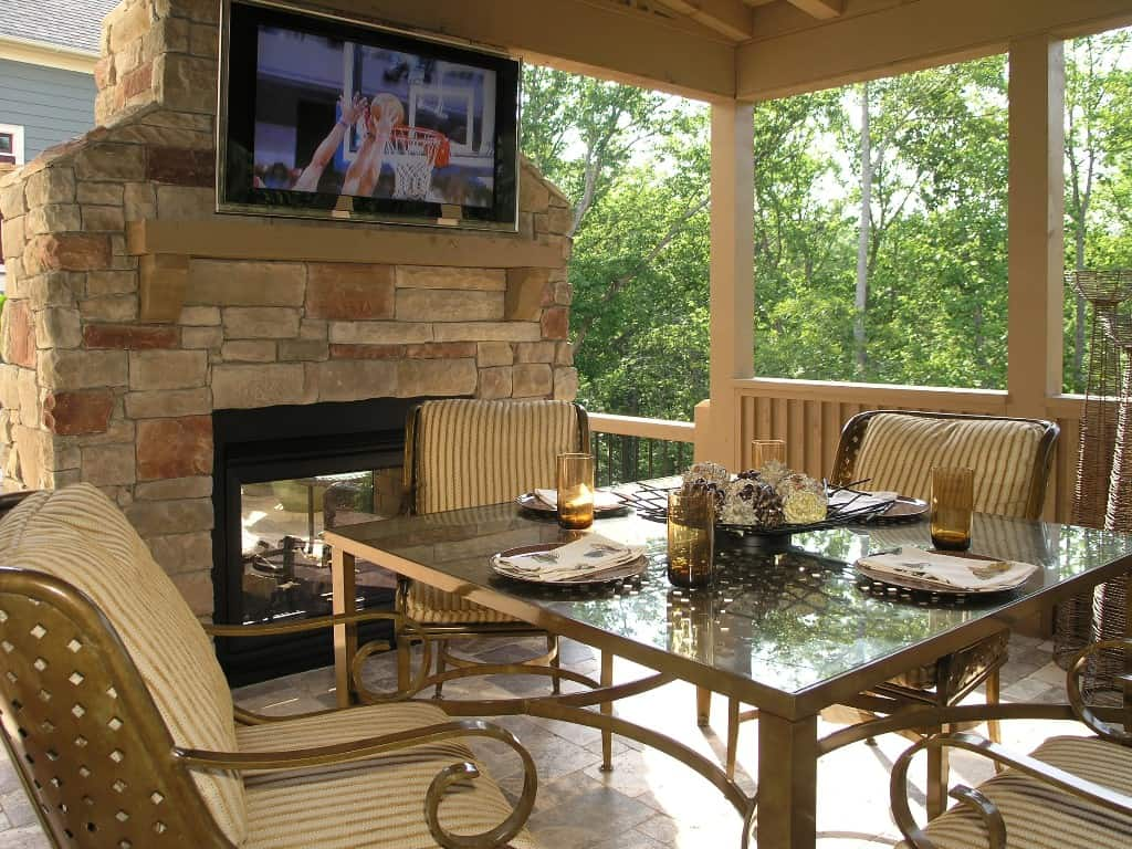Tips To Up Your Home Value With An Outdoor Patio Deck Area ... on Backyard Patio Layout id=21488
