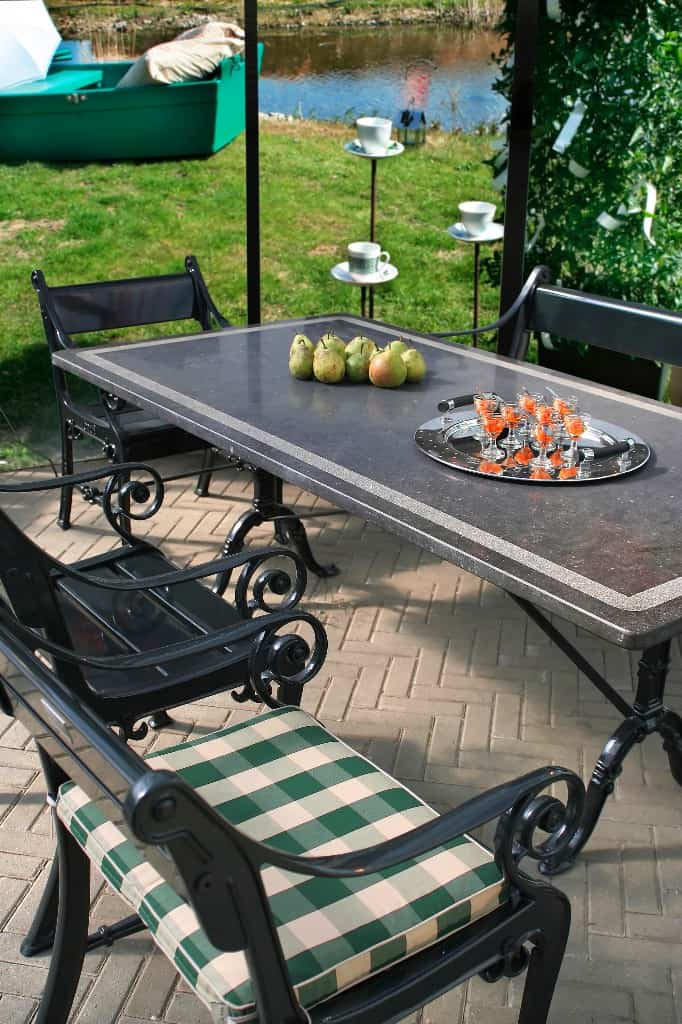 Remodel Outdoor Living Spaces With Great Buys From Patio Furniture Clearance Sales